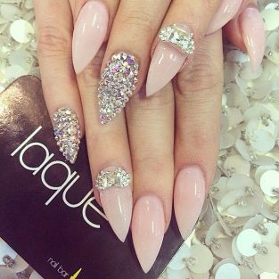 stiletto nail febacci 1